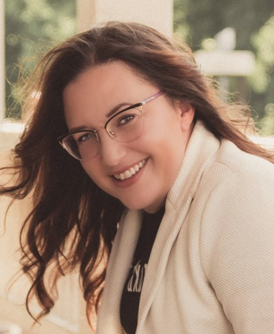 Chantal-Schweizer-headshot-1